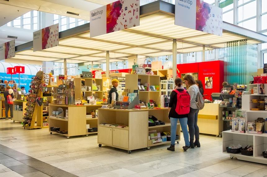 paperworld in frankfurt viel schatten wenig licht r ckenwind f r ihr gesch ft. Black Bedroom Furniture Sets. Home Design Ideas